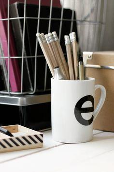 Via Esmeraldas | Letter E Mug | Black and White | Typography