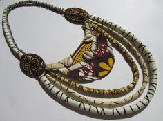 Collier plastron multi-rang ethnique en tissu africain beige prune jaune : Collier par cewax