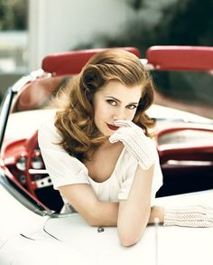 Amy Adams in Vanity Fair. She's just so lovely. Wonder if I could pull off that lipstick...