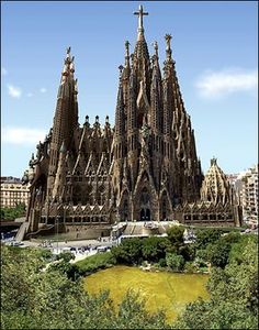 Being here for 2 weeks and haven't visit Sagrada Familia, Barcelona, Spain. shame on me