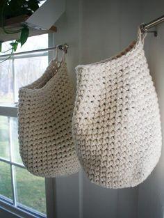 MES FAVORIS TRICOT-CROCHET: Modèle crochet gratuit : Le sac fourre-tout à suspendre