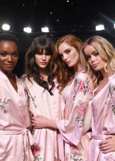HEREITH PAUL, VANESSA MOODY, ALEXINA GRAHAM, FRIDA AASEN BACKSTAGE VICTORIA'S SECRET 2017 FASHION SHOW IN SHANGHAI CHINA ON NOVEMBER 20, 2017-LIVES2SHOP247NYC