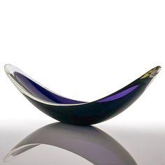 Deep Purple Color, Design Museum, Everyday Objects, Museum Of Modern Art, Art Object, British Museum, Art World, Glass Art, Van
