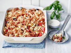 AURA kasvispastavuoka Skinny Mom Recipes, I Love Food, Good Food, Vegetarian Recepies, Vegetarian Food, Pasta Recipes, Cooking Recipes, Rice Recipes, Finnish Recipes