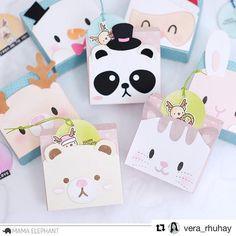 moccavanila by vera rhuhay Christmas Paper Crafts, Christmas Cards, Mama Elephant Cards, Tiny Gifts, Kawaii Diy, Origami, Elephant Design, Animal Cards, Card Making Inspiration