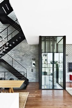 Multistorey house with lift and stairs ITCHBAN.com // Architecture, Living Space & Furniture Inspiration #07