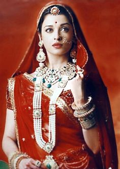 Aishwarya Rai, Pure Beauty, Sari, Pure Products, How To Wear, Color, Fashion, Saree, Moda