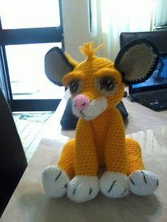 Crochet Lion, Crochet Animals, Crochet For Kids, Crochet Toys, Free Crochet, Simba Rey Leon, Biscuit, Crochet Disney, Le Roi Lion
