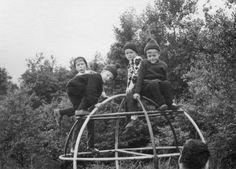 Klettergerüst auf dem Kinderspielplatz