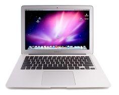 gemakkelijk draagbare Apple MacBook Air.