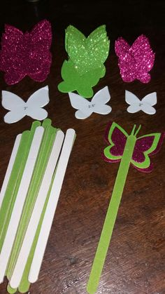 Crafts For Kids, Arts And Crafts, Flower Vases, Flowers, Maria Jose, Foam Sheets, Artwork, Party, 1