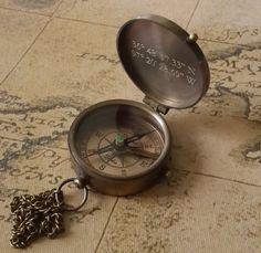 Boussole compas gravé boussole personnalisé Saint par paperonly