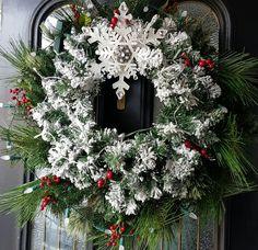 Christmas Wreaths, Holiday Decor, Home Decor, Holiday Burlap Wreath, Interior Design, Home Interior Design, Home Decoration, Decoration Home, Interior Decorating