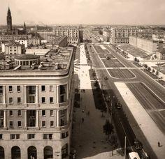 Ulica Marchlewskiego w 1958 roku (obecnie al. Jana Pawla II), uwieczniona na fotografii Mistrza Siemaszko.