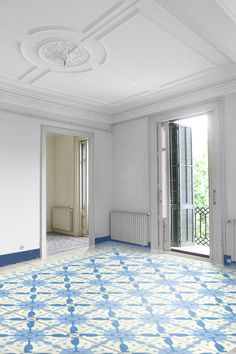 Hydraulic #tiles - are handmade with coloured cement, puting them in different cells of a mold. Used primarily as floor coverings, can also be used for walls.