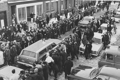 Feb. 25, 1967: As news spread that Albert DeSalvo had been arrested, crowds of newspaper reporters and photographers, as well as curious onlookers, lined the street outside Lynn police headquarters to get a glimpse of the alleged Boston Strangler.