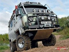 buhanka uaz 4x4 camper. This is what I wanr :D or similar of course