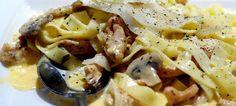 Espaguetis a la carbonara con champiñones