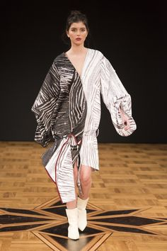 The complete Beckmans College of Design Stockholm Fall 2018 fashion show now on Vogue Runway. Autumn Fashion 2018, Fashion Show Collection, Fall 2018, Ready To Wear, Fall Winter, Runway, Vogue, Shirt Dress, Female