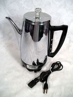 Sold VINTAGE UNIVERSAL COFFEEMATIC 10 CUP AUTOMATIC PERCOLATOR G2UP-6