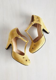 The Zest is History Heel in Goldenrod, #ModCloth