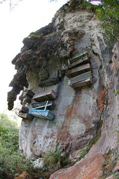 Hanging coffins of Sagada, Philippines - MORE of the World's Most Fascinating…