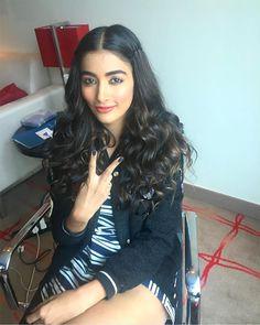 We want Pooja Hegde's hair...STAT!