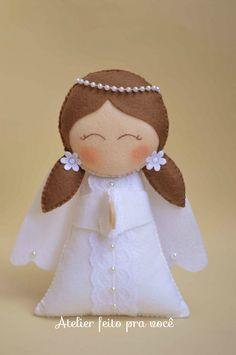 Anjinha ideal para decorar momentos especiais como batizado, primeira comuhão, entre outras ocasiões!
