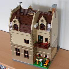 [image] Lego Modular, Lego Village, Lego Worlds, Lego Building, Lego City, Legos, Lego Stuff, Lego Ideas, Projects