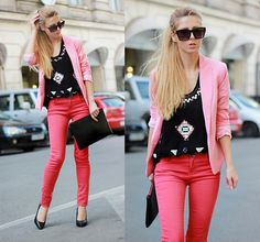 Light pink blazer + dark pink pants; the black gives the feminine outfit some edge