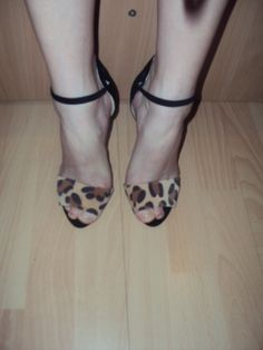 Leopard suedes heels sandals-for sale-for info contact me.Thanks
