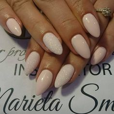 Top 15 Inspirations for Beige Nails – Perfect … Simple Acrylic Nails, Almond Acrylic Nails, Almond Shape Nails, Almond Nails, Nails Shape, Beige Nails, Pink Nails, My Nails, 5sos Nails