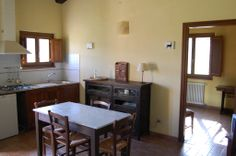 Appartamento Tiburzi, has got two bedrooms, one bath and a living room with cooking facilities and a lovely private terrace