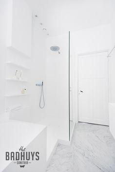 Volledige Badkamer in Corian, Het Badhuys Breda   Het Badhuys