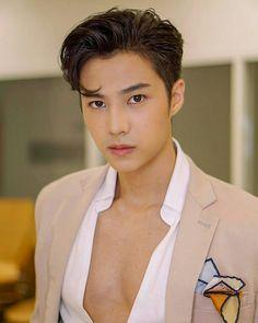 Bank Thiti, Actor Model, Celebs, Celebrities, Ulzzang, Superstar, Handsome, Singer, Actresses