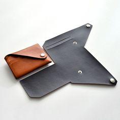 Lemur Leder Brieftasche Origami-Stil Wallet - Tricot et crochet - Leather Art, Leather Gifts, Leather Design, Diy Leather Coin Purse, Leather Pouch, Art Du Cuir, Leather Pattern, Diy Leather Wallet Pattern, Lemur