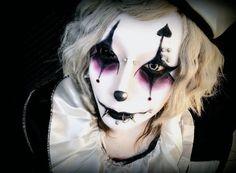 v系。 Circus Aesthetic, Aesthetic Boy, Circus Makeup, Male Makeup, Hair Again, Make Up Art, Fantasy Hair, Dye My Hair, Scene Hair