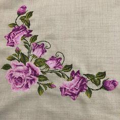 Embroidery Flowers Pattern, Crochet Flower Patterns, Baby Knitting Patterns, Embroidered Flowers, Crochet Flowers, Cross Stitch Rose, Cross Stitch Flowers, Cross Stitch Embroidery, Hand Embroidery