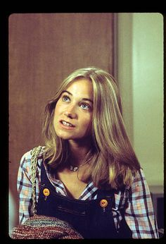 women Maureen Mccormick Pictures and Photos - Getty Images Marsha Brady, Girly Movies, Maureen Mccormick, Kristy Mcnichol, The Brady Bunch, Famous Women, Vintage Hollywood, 70s Fashion, Vintage Beauty