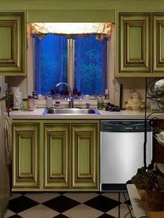 green kitchen cabinets???