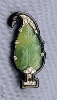 Art Deco Hardstone, Diamond and Enamel Brooch ~ETS I have a couple of embroidered peasant tops that this would go with just fabulously. Art Nouveau Jewelry, Jewelry Art, Antique Jewelry, Vintage Jewelry, Jewelry Accessories, Fine Jewelry, Jewelry Design, Belle Epoque, 1920s