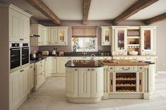 An innova welton vanilla kitchen httpdiy kitchens traditional kitchens kitchen units at trade prices diy kitchens solutioingenieria Choice Image