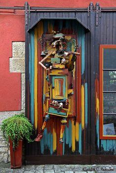 Sommerhausen, Bavaria, Germany door --any cooler? I doubt it! Door Entryway, Entrance Doors, Doorway, Knobs And Knockers, Door Knobs, Door Handles, Cool Doors, Unique Doors, When One Door Closes