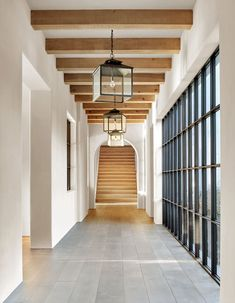 Tour This Stunning, Minimalist California Home That's Pared to Perfection Tour a Minimalist Los Angeles Home by Kathryn Ireland – Gorgeous California Home Photos Design Hotel, House Design, Custom Home Builders, Custom Homes, Future House, Villa, Los Angeles Homes, Design Blogs, Design Ideas