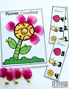 Get Fast and Easy Math Prep with these Spring Counting Mats for Preschool or Kindergarten. Counting, one to one correspondence, sorting, comparing numbers and more. Preschool Math, Preschool Worksheets, Fun Math, Easter Activities, Preschool Activities, Preschool Flower Theme, Flower Games, 19 Kids And Counting, Spring Flowers
