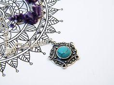 Silver Mandala Pendant. Turquoise and Silver Mandala por PuntoPausa