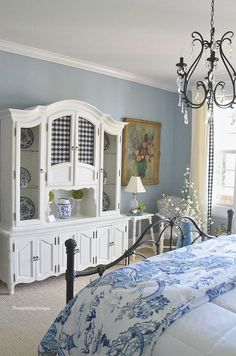 Guest Room - Housepitality Designs | Shabby Chic Bedroom Ideas for Women | #shabby #chic #shabbychic #bedroom