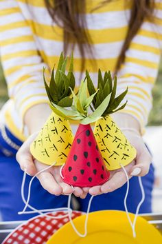 Pineapple and watermelon DIY party hats! Fruit Party, Luau Party, Fun Fruit, Elmo Party, Mickey Party, Dinosaur Party, Dinosaur Birthday, Party Fun, Fresh Fruit