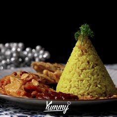 Nasi Kuning Recipe, Asian Stir Fry, Tasty, Yummy Food, Malaysian Food, Indonesian Food, Diy Food, Food Dishes, Asian Recipes
