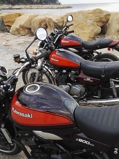 Kawasaki 900, Kawasaki Motorcycles, Cars And Motorcycles, Trike Motorcycle, Motorbike Girl, Japanese Motorcycle, Super Bikes, Street Bikes, Vintage Bikes